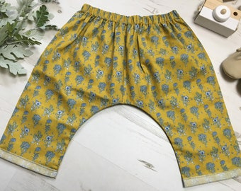 Girls mustard floral cotton harem pants. Drop crotch style harems. 3 months - 6 years.