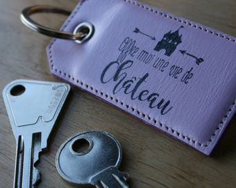"""Keyring with ring, calfskin purple Pearlescent with message """"offer me the life of Castle"""", rigid keychain"""