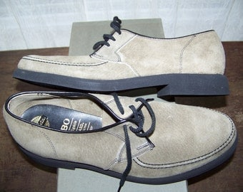 Vntg Oxfords Grey SUEDE Pigskin 1960's Brown Shoe Co Pedwin Hobo Ghost Town Blue Size Men 7-1/2  women 9 Scotchgard Deadstock Beautiful!