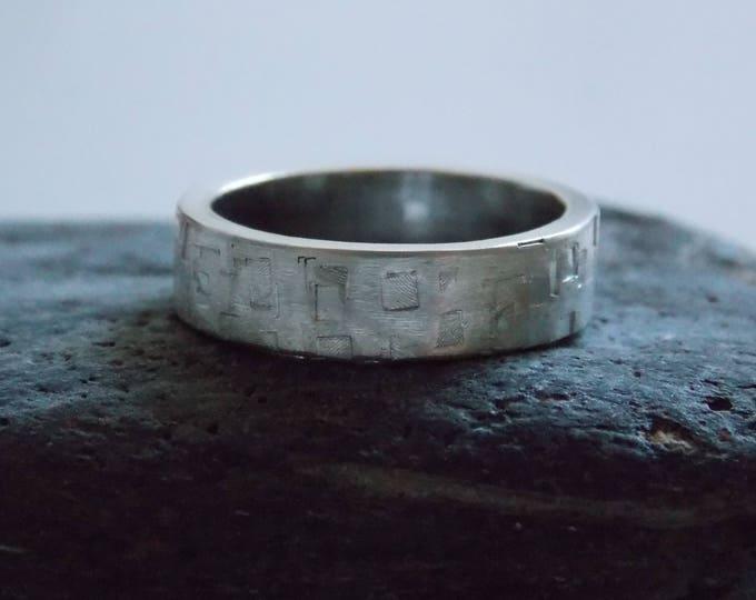 Man silver ring.