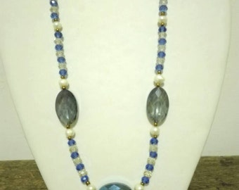Vintage necklace, Crystal Necklace, crystal vintage necklace
