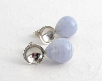 Blue chalcedony earrings, shell earrings, 925 Silver, light blue, smooth p