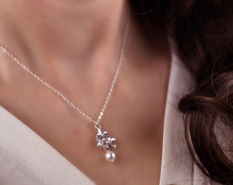 Dainty Cherry Blossom Necklace GK104