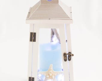 White rustic lantern/beach lantern/white lighthouse rustic lantern with starfish/lantern with candle/white wood lantern
