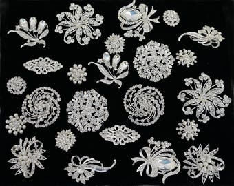 12 PC Wholesale Mixed Bulk Brooches - Silver Rhinestone Pearl Bridal Bouquet Brooches - Quince Bouquet Wedding Brooches (4 Large)
