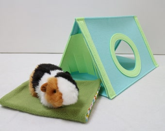 Guinea pig house with washable pad Small pet house Guinea pig hideout