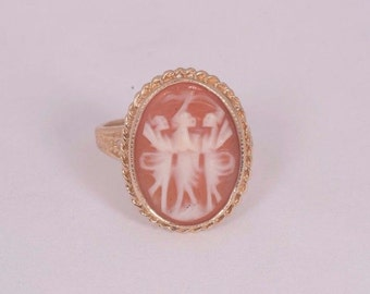 14K Yellow Gold Cameo Ring with three Dancers, size 5.25