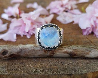 Faceted Moonstone Statement Ring-size 8 fits like 7.5