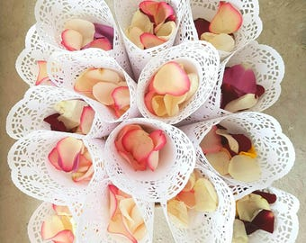 100 Wedding Confetti Cones,Cones for Confetti,Wedding petal cones Confetti,Wedding cones,Paper Cones,paper cones for wedding flowers