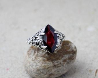 marquise garnet ring, garnet gemstone silver ring, red garnet silver ring, garnet silver jewelry, faceted stone ring, prong setting gemstone