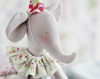 Tilda-sew set: circus elephant