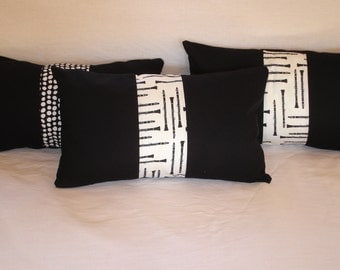 Pair of graphic cushion covers, musical instruments, Clarinets, black and white