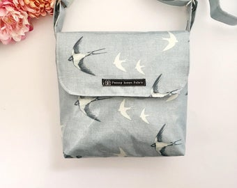 Swallows, swallow print, messenger bags, crossbody bags, oilcloth bags, Bird purse, bird bag, bird handbag, blue handbags, womens purse