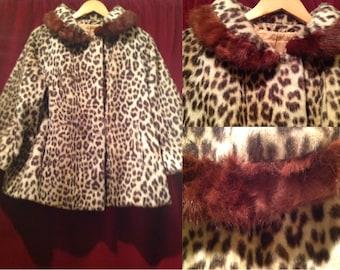1950's Ladies Leopard faux fur Coat with a Mink Trim Collar / label - A FURRIER MADE Garment