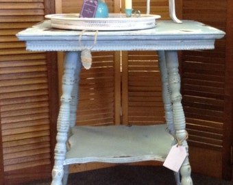 Funky Shabby Chic Antique Clawfoot Table