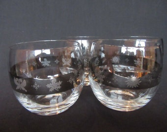 Set of 4 Roly Poly Glasses, Vintage Mad Men Bar Glasses, Vintage Roly Poly Silver Banded Lowball Glasses, Mad Men Style Lowball Glasses