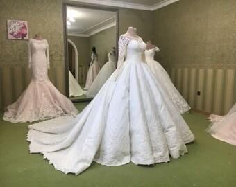 Amazing dress with folds