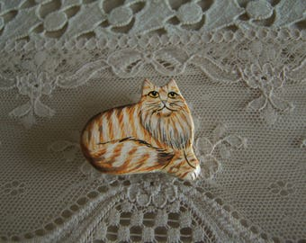 Kitsch Painted Main Coon Cat Brooch