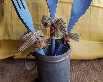 Decorative Wooden Spoons (denim blue), Primitive, Distressed, Country Decor, Kitchen