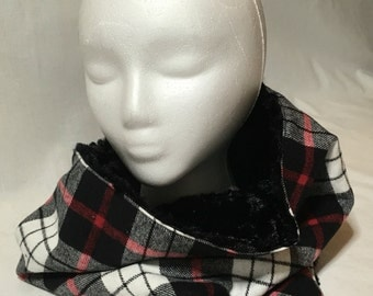 Red and Black Plaid/Faux Fur Cowl Scarf