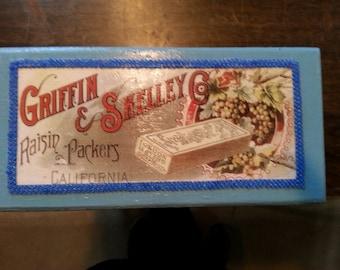 Decoupaged Box, Gift Box, Hand beaded box, Decorated Box, Blue Gift Box, Jewellery Box, Trinket Box, Vintage Decoupage, Beaded Box, Wood box