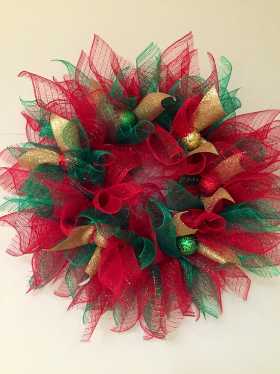 Red green and gold christmas wreath