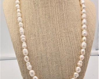 Freshwater pearl necklace with blue accent beads   19""