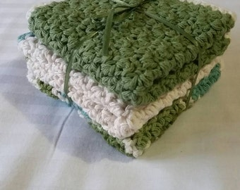 100% cotton Hand crocheted washcloths. Sage green color. Set of 3.
