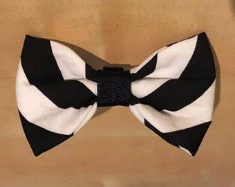 Dog / Pet slip on bow tie monocrome / black and white