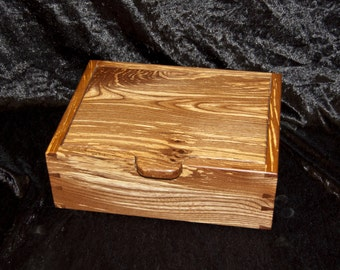 dovetailed box in spalted Elm