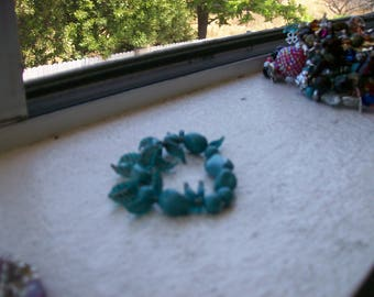 turquoise bread bracelet with leaf charms