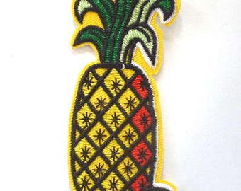Upright Pineapple Iron on Patch - H413