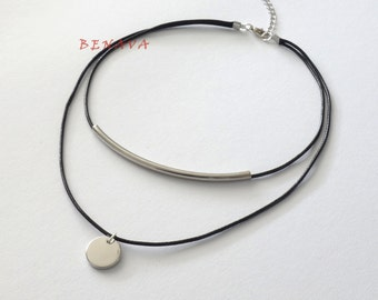 Choker chain multi Black Silver Circle Pendant