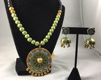 Terracotta Necklace Set - Green, Black and Siver