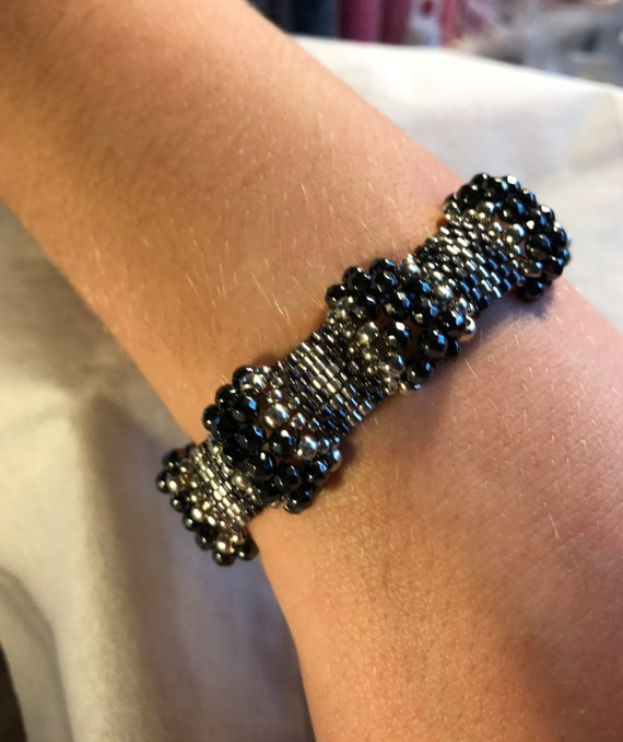 NO 141 Hand Beaded Crystal and Glass Bracelet
