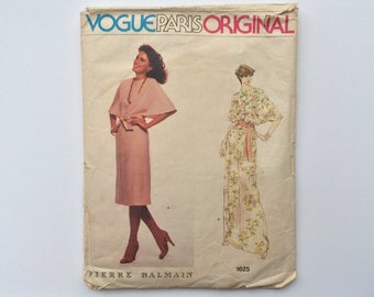 1970s B38 Designer Dress Sewing Pattern : Vogue Paris Original Pierre Balmain 1625