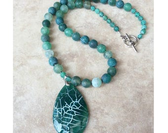 Gemstone beaded necklace, beaded pendant necklace, green necklace, agate necklace, chunky necklace, statement necklace, long necklace