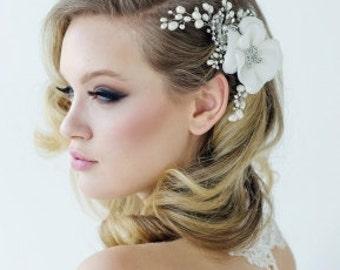 MIRIAM - Silver Pearl Flower Hair Piece