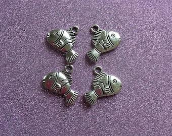 "4 cute Tibetan Antique Clown Fish ""Nemo"" charms"