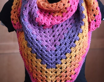 Granny triangle scarf