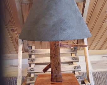 Vintage arts and crafts style lamp with shade