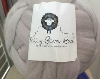 Giant wool, Giant yarn, chunky knit, Roving, Bulky yarn, Big yarn, Super chunky yarn, Wool yarn, Wool roving,Chunky yarn, Merino Cloud Grey