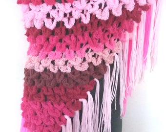Pink Petal Crochet Shawl/Crocodile Stitch Shawl/Triangle Shawl/Pink Wrap/Triangle Wrap/Triangle Fringes Scarf