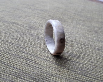 Naturally shed hand-made deer antler ring number 36, uk size y and a half to z