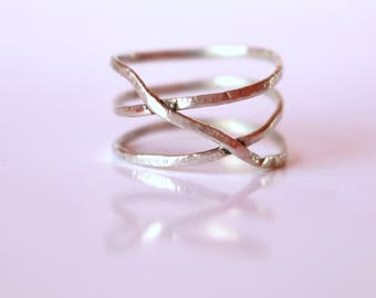 Hammered Silver Ring SPIRALE