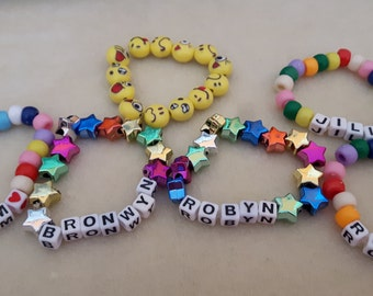 Personalized girls' name bead bracelets Cutomized girls' name bead bracelets Girls' stretch bracelets Bead bracelets Girls' bracelets