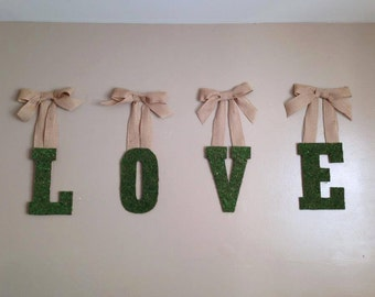 Moss letter wreath,Burlap wreath,Love wreath,Valentine's wall deco,Wall deco,Wall accent,Wall art,Custom letter wreath