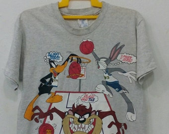 Rare vintage Bugs bunny and friends t-shirt L size