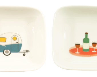 little caravan and wine dishes
