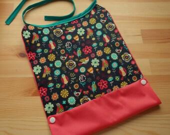 Bib baby birds and flowers raincoat / bib pink